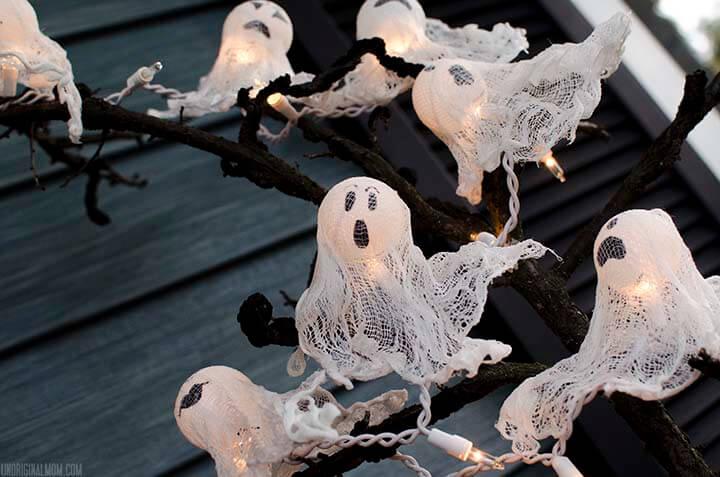 diy halloween decorations - ping pong ball ghost lights