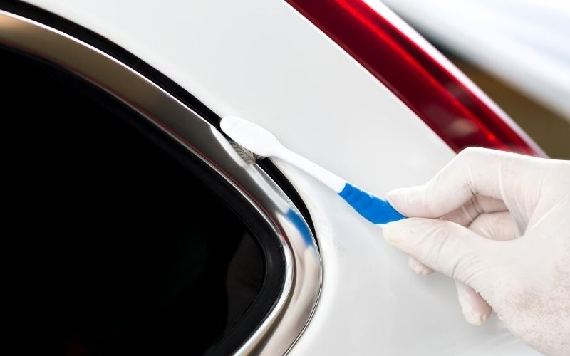 car-cleaning-toothbrush