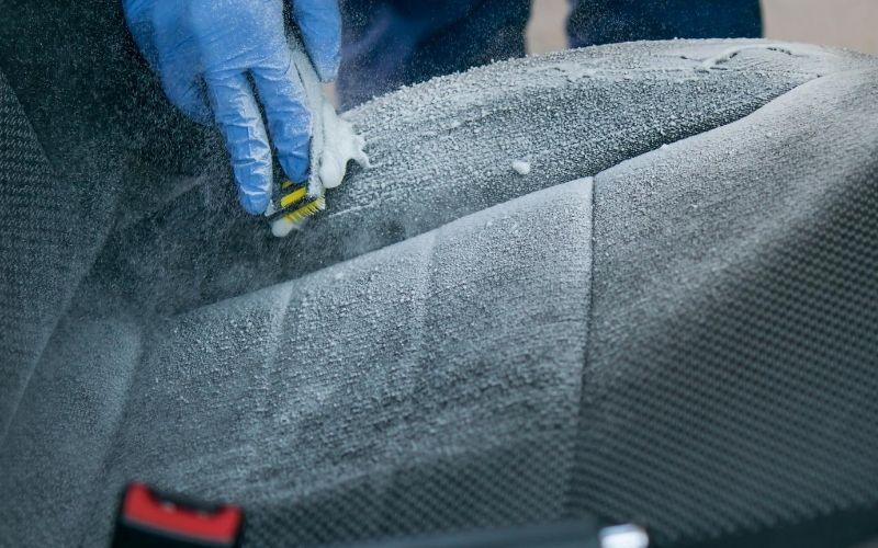 diy-car-upholstery-cleaner