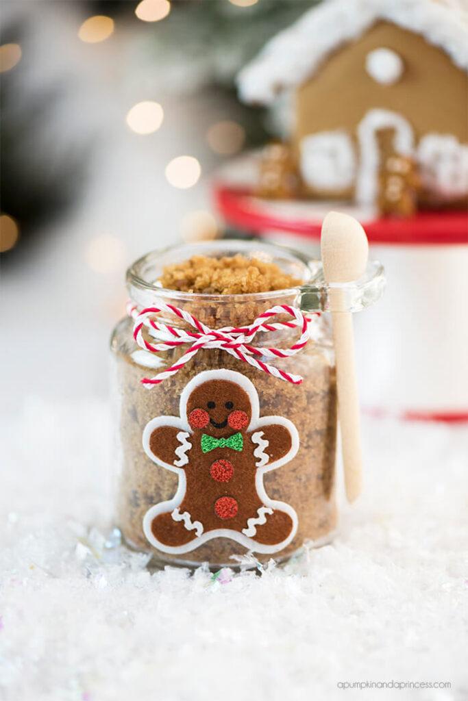 diy-gingerbread-sugar-scrub-christmas-gift