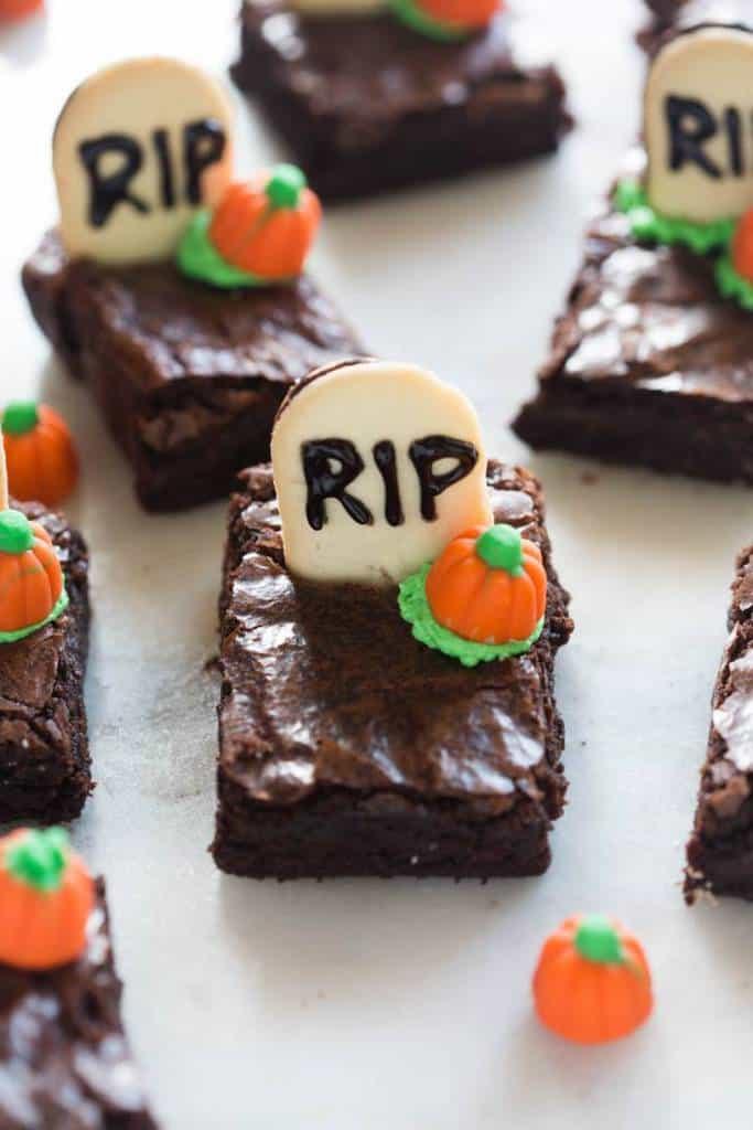halloween desserts graveyard brownies