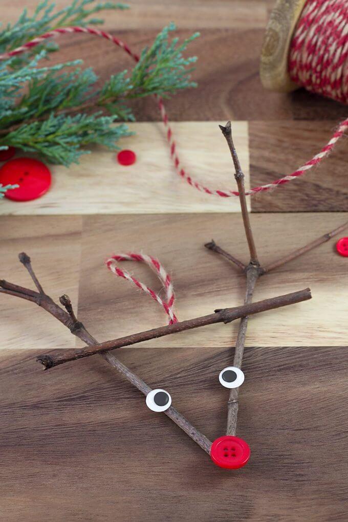 twig reindeer diy crafts for kids