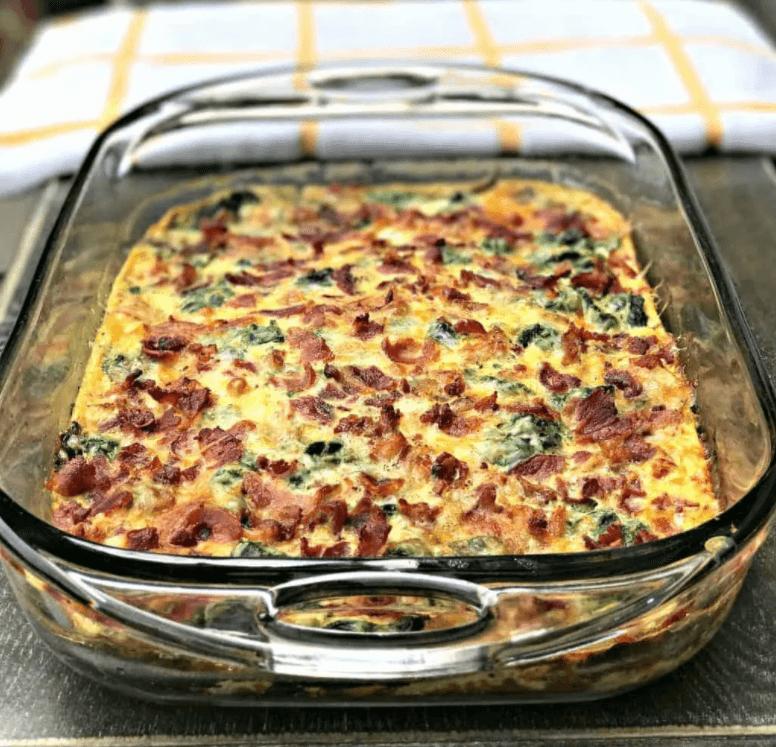 gesunder Keto-Auflauf Spinat und Käse