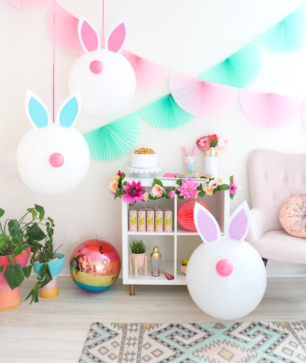 Giant-easter-bunny-balloons