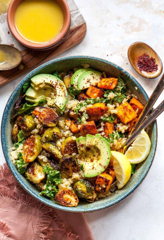 Quinoa-power-bowls