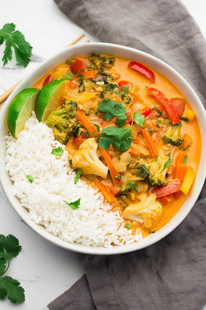 Red-thai-curry-vegetables