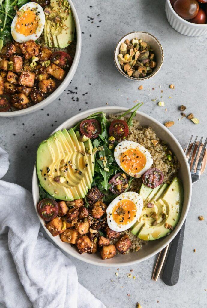 Sesame-tofu-soft-boiled-egg-quinoa-bowls
