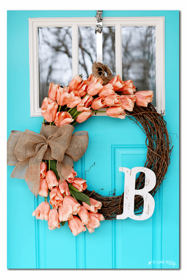 Spring-wreath-with-tulips