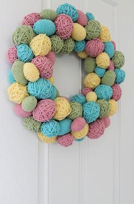 Yarn-easter-egg-wreath