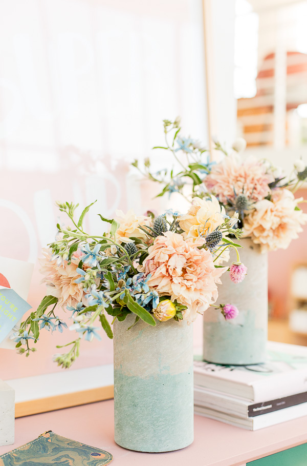 Bunte-Beton-Vase-Diy-Idee-Muttertag