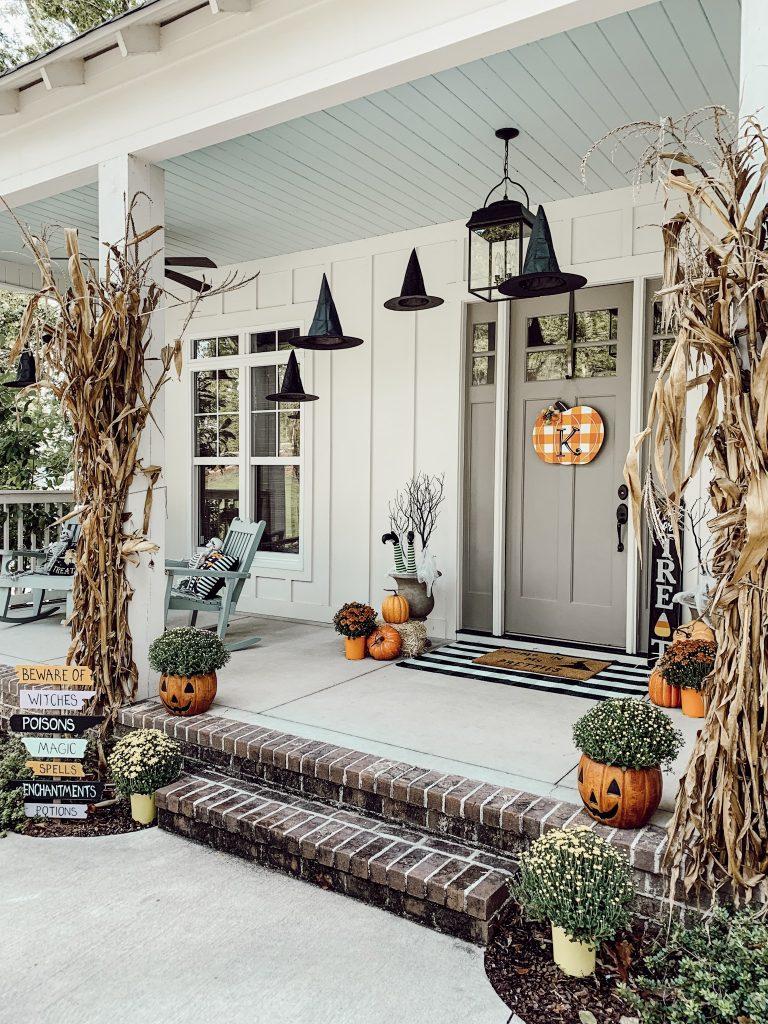 Spooky Outdoor Porch Decor