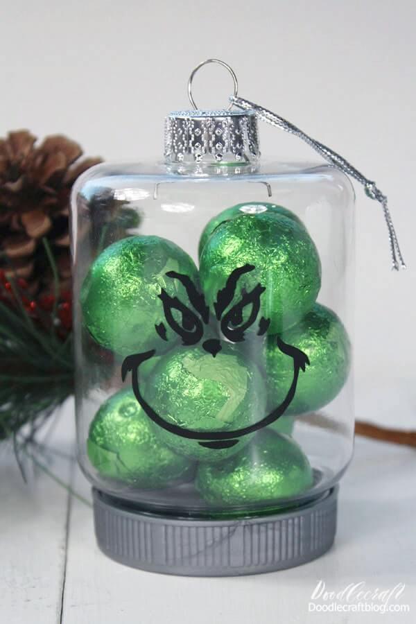 grinch ornament diy with circut