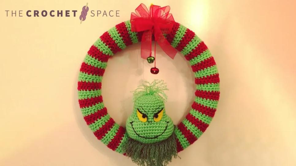 crochet grinch wreath