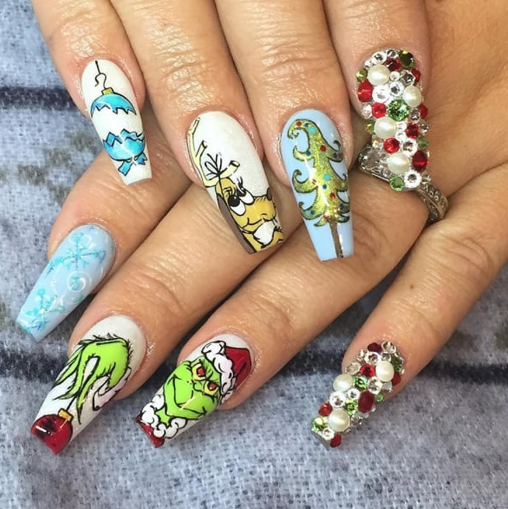white blue frosty grinch nails
